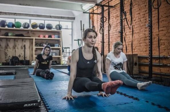 кросфит - упражнения на сохранение равновесия