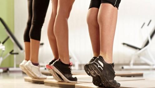 Как накачать ноги девушке