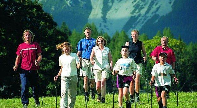 Скандинавская ходьба: польза и вред
